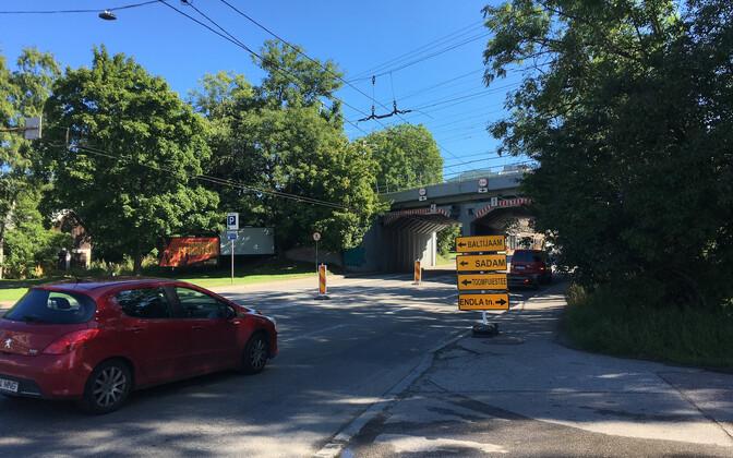 b9dcbdf93c9 Tallinn sulgeb nädalaks Paldiski maantee linna suunduva sõiduraja ...