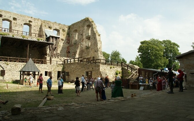 Хаапсалуский епископский замок.