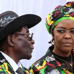 Robert Mugabe ja Grace Mugabe.