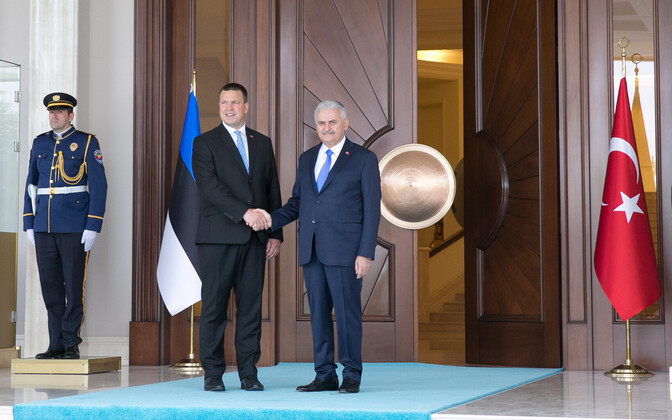 Prime Minister Jüri Ratas with Turkish Prime Minister Binali Yıldırım in Ankara on Wednesday. Aug. 17, 2017.
