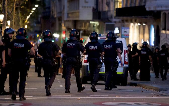 Hispaania autorünnakute taga olnud terrorirakuke on ministri sõnul lammutatud.