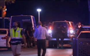 Politseinikud sündmuskohal Cambrilsis.