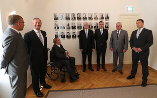 Current Prime Minister Jüri Ratas (far right) and other living former Estonian prime ministers at the unveiling of the photo wall at Stenbock House.