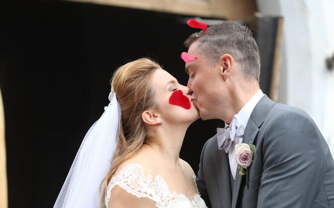 Свадьба Таави Рыйваса и Луизы Вярк.
