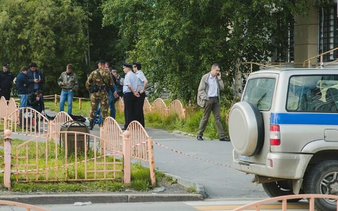 Võimuesindajad 19. augustil sündmuskohal Surgutis.