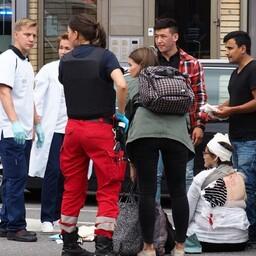 Turu kesklinn 18. augusti õhtul, punases ruudulises särgis noormees on Ahmad Hosseini.