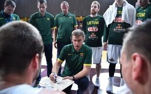 Leedu korvpallikoondis ja peatreener Dainius Adomaitis