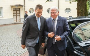 Юри Ратас и Франк-Вальтер Штайнмайер.