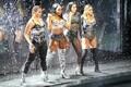 Dinah Jane, Normani Kordei, Lauren Jauregui ja Ally Brooke ansamblist Fifth Harmony