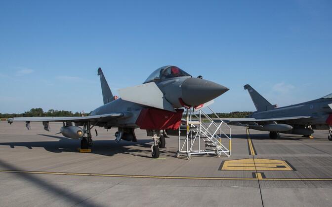 Истребители Eurofighter в Эмари. Иллюстративное фото.