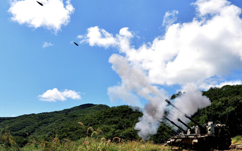 K9 Thunder SP Howitzer on exercise in South Korea