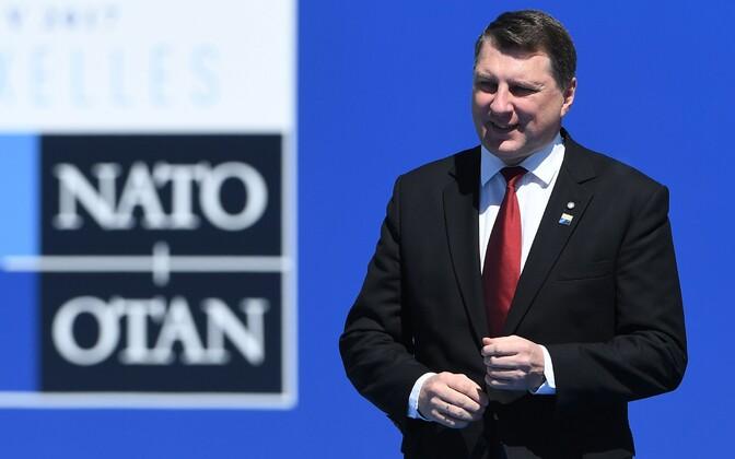 Läti president Raimonds Vējonis mais NATO tippkohtumisel Brüsselis.