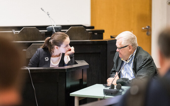 Savisaar (right) in court on Aug. 31, 2017.