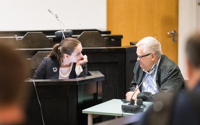 Savisaar (right) in court on Aug. 31, 2017.