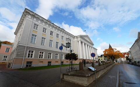 The main building of the University of Tartu dates back to the early 19th century.
