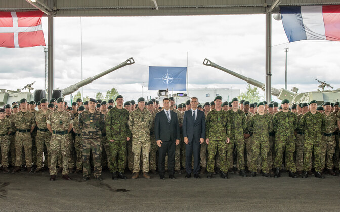 NATO Secretary General Jens Stoltenberg and Prime Minister Jüri Ratas visit Tapa Army Base on Wednesday. Sept. 6, 2017.