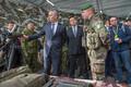 Генсек НАТО Йенс Столтенберг и премьер-министр Эстонии Юри Ратас в Тапа 6.09.2017.