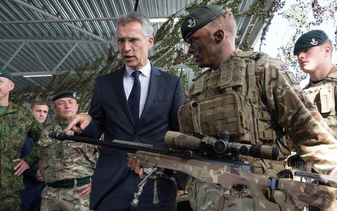 NATO peasekretär Jens Stoltenberg Ämari baasis.