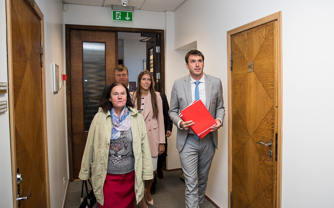 The Social Democrats met with the Center Party on Wednesday to discuss a potential coalition in Tallinn.