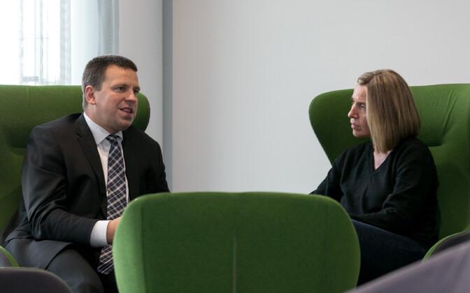 Prime Minister Jüri Ratas and EU High Representative Federica Mogherini met on Wednesday. Sept. 6, 2017.