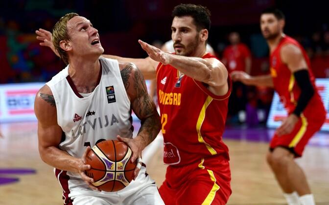 Сборная Латвии пробилась вчетвертьфинал чемпионата Европы побаскетболу