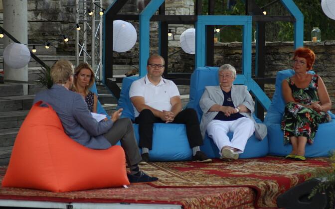 Евродепутаты Кая Каллас, Урмас Паэт, Марью Лауристин и Яна Тоом на Фестивале мнений в Пайде.