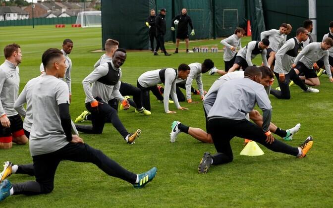 Liverpool mängueelsel treeningul