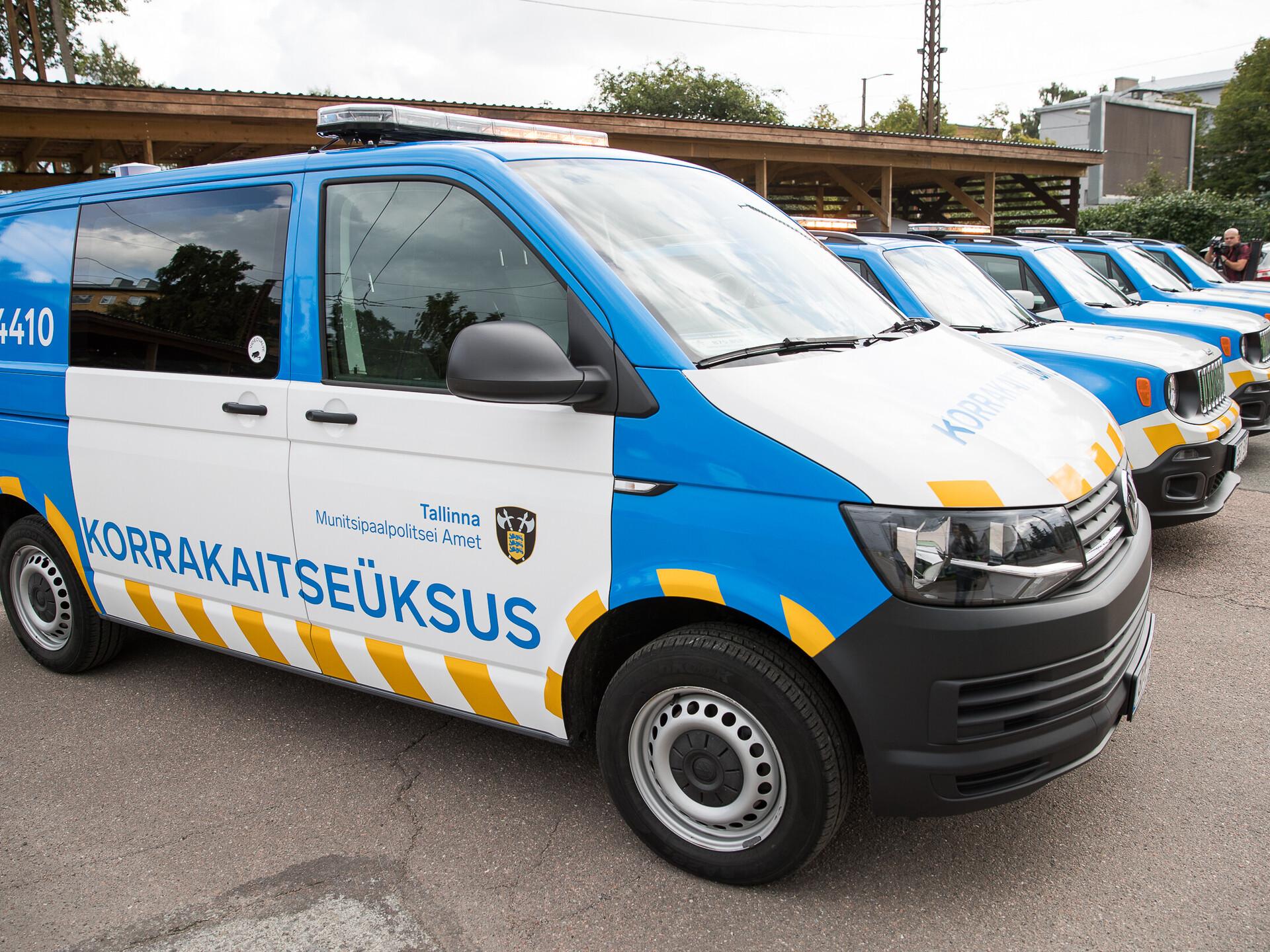 2ae10c44e29 Ministeerium: mupo autode sarnasus politsesõidukitega võib olla ohtlik |  Eesti | ERR