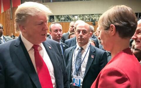 Eesti president Kersti Kaljulaid USA president Donald Trumpi korraldatud ÜRO reformimise teemalisel arutelul.