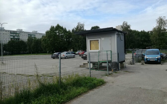 Парковка на месте гимназии Паэкааре станет платной.