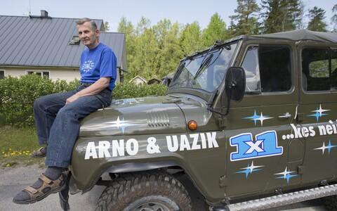 Arvo Pavel ja UAZ