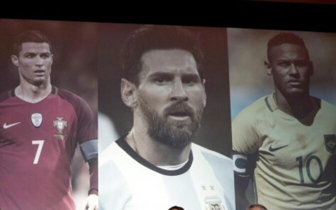 Тройка претендентов: португалец Криштиану Роналду, аргентинец Лионель Месси и бразилец Неймар