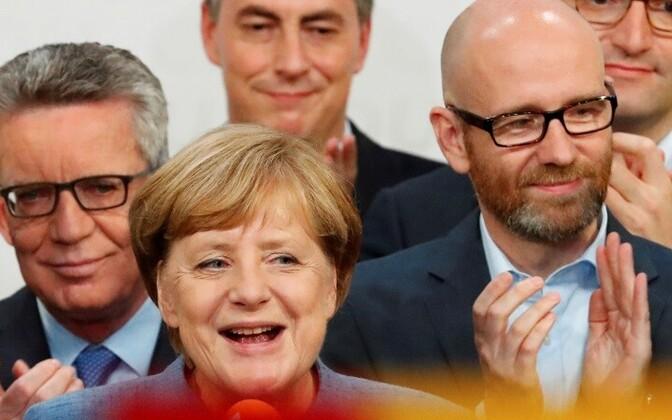 Команда Ангелы Меркель собирается остаться у власти.