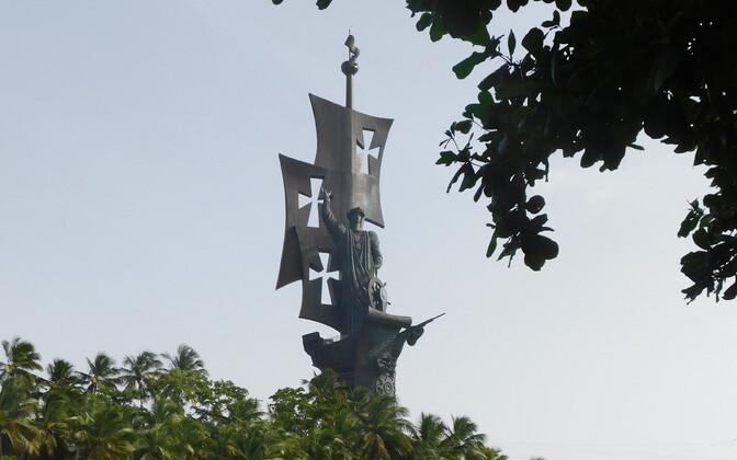Статуя Церетели в Пуэрто-Рико.