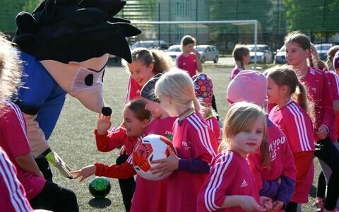 Tüdrukute jalgpallifestival Põlvas