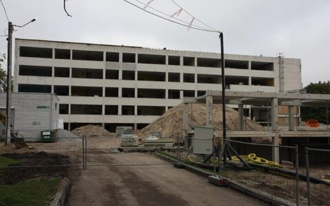 Строящееся здание для Пяэскюлаской гимназии.