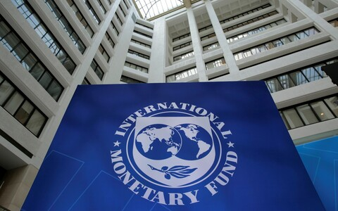 Inernational Monetary Fund (IMF).