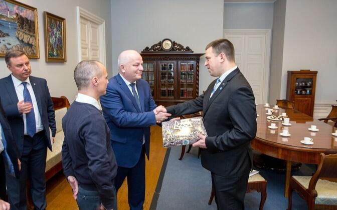 Ukrainian Deputy Prime Minister Stepan Kubiv and Prime Minister Jüri Ratas in Tallinn on Friday. Oct. 6, 2017.