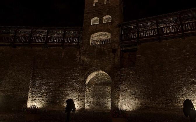 Победивший проект подсветки Старого города Таллинна.