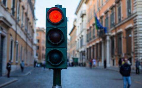 Rakenduses kasutatakse valgusfoorist tuttavat punase-kollase-rohelise värvimärgistust.