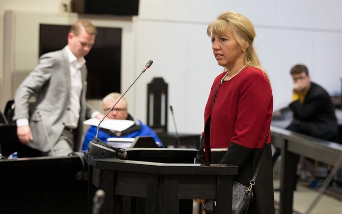Former Põhja-Tallinn district elder Karin Tammemägi testifying in the Savisaar trial in Harju County Court on Wednesday. Oct. 11, 2017.