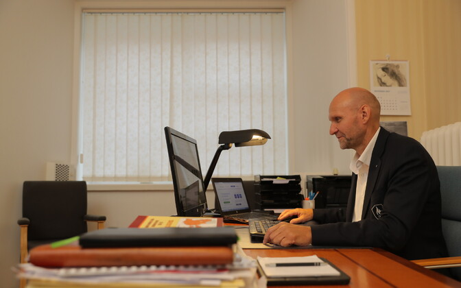 Failed to turn his party around: IRL chairman Helir-Valdor Seeder voting online in the 2017 local elections.