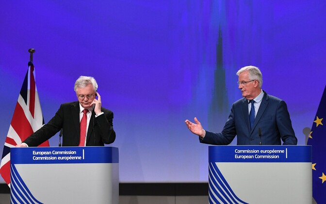 Briti Brexiti minister David Davis ja Brexiti läbirääkija Michel Barnier.