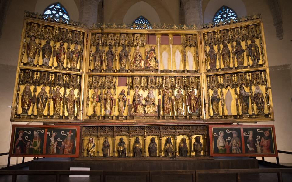 Niguliste kiriku peaaltar ehk Hermen Rode altar.