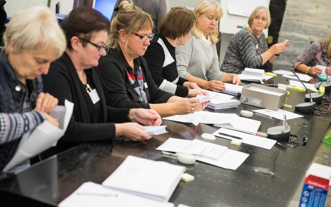 Häälte ülelugemine 2017. aasta KOV valimiste järel.