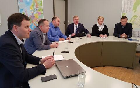 Koalitsiooniläbirääkimised Saaremaal.