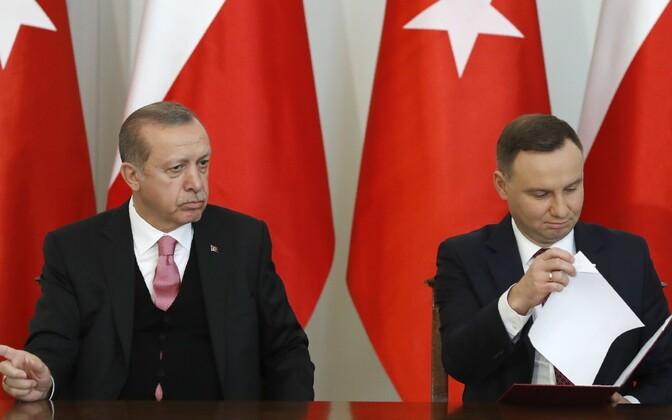 Türgi president Recep Tayyip Erdogan ja tema Poola kolleeg Andrzej Duda 17. oktoobril Varssavis.
