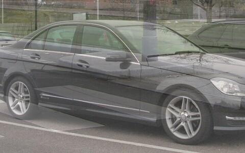 Mercedes-Benz C180, иллюстративное фото.