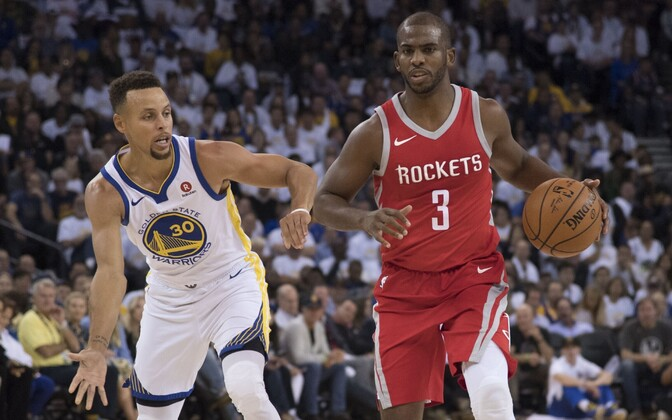 Houston Rocketsi eest debüteerinud Chris Paul (paremal) ja Stephen Curry