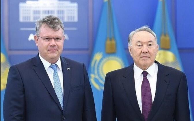 Heiti Mäemees ja Nursultan Nazarbajev
